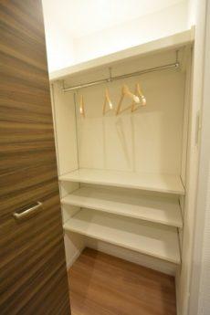 カーサ池尻 1203号室 衣類ボックス