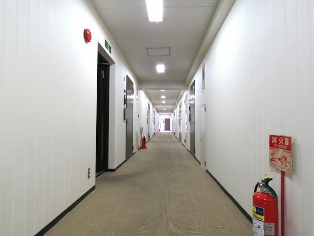 フロイント麻布 共用廊下