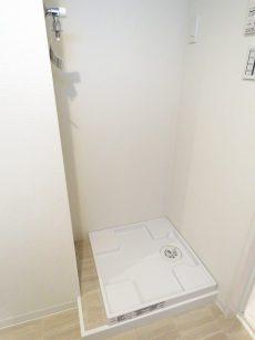 フロイント麻布 洗濯機置場