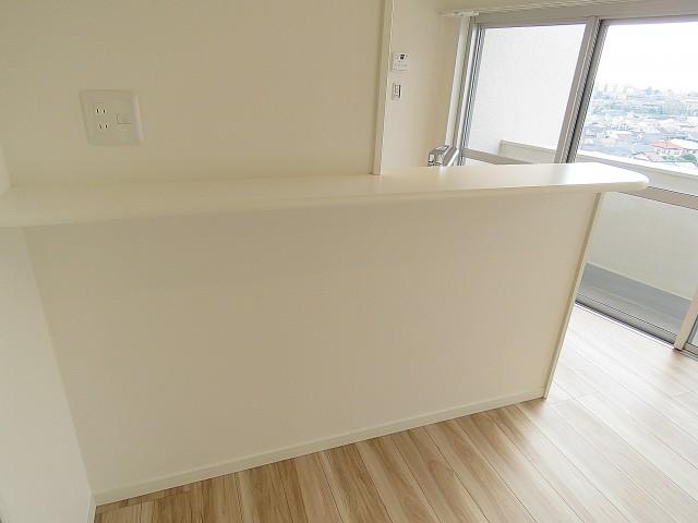 ライオンズマンション駒沢 キッチンカウンター