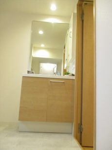 マンション中野坂上7洗面所