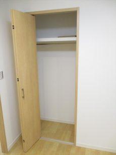 マンション中野坂上31洋室収納