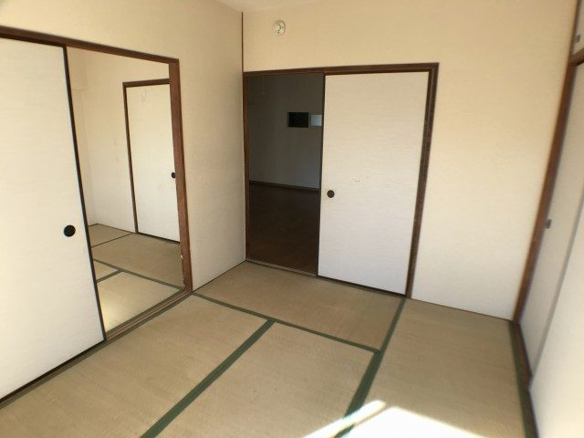 東建柏木マンション 和室②