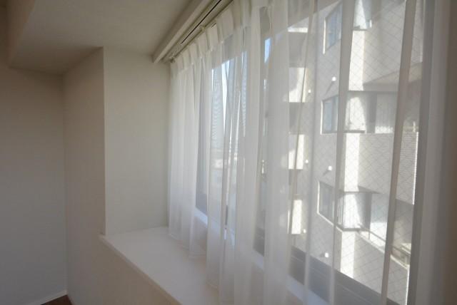 洋室約6.1帖窓
