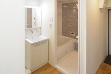 築地永谷コーポラス 浴室