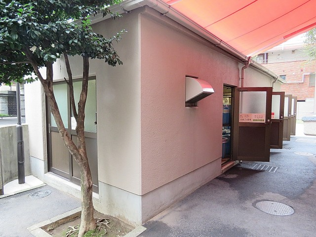 飯田橋第一パークファミリア ゴミ置き場