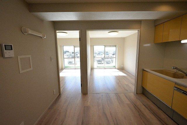自由ヶ丘第5マンション702 洋室1 (2)