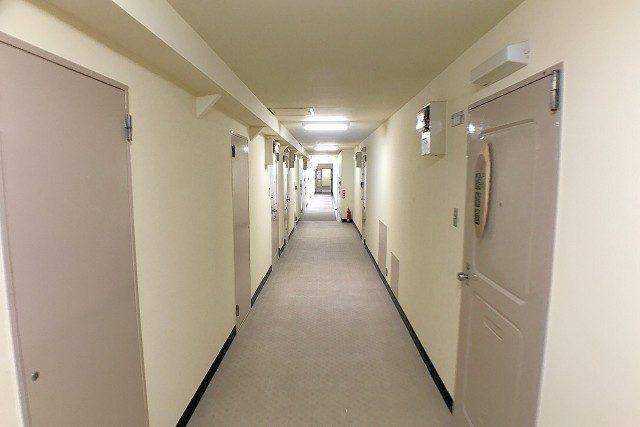 ファミール築地 外廊下