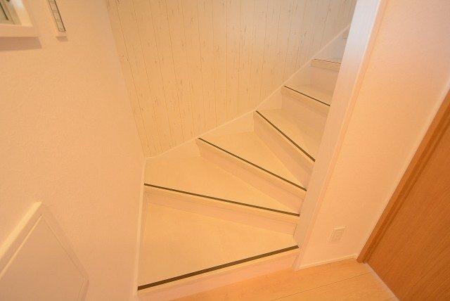 経堂セントラルマンション  階段