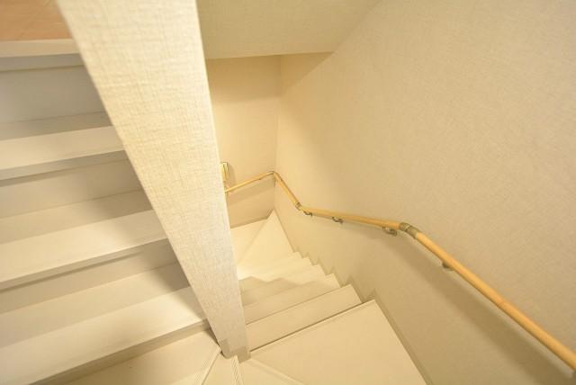 セボン柿の木坂 階段↓