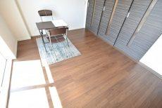 経堂セントラルマンション3F 洋室1
