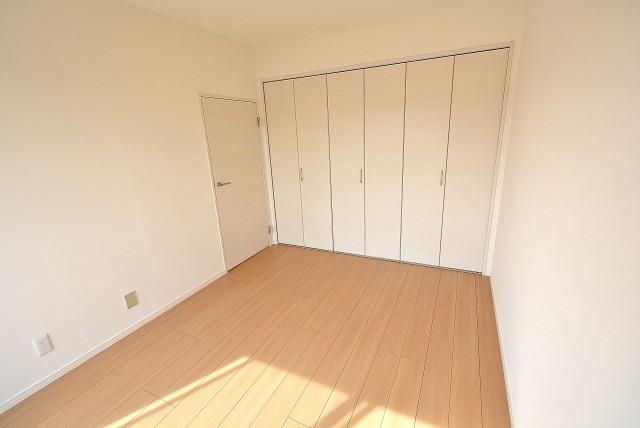 多摩川ハイツ 洋室2