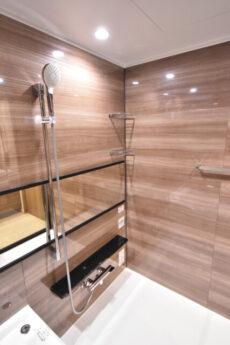 クオリア神南フラッツ 浴室
