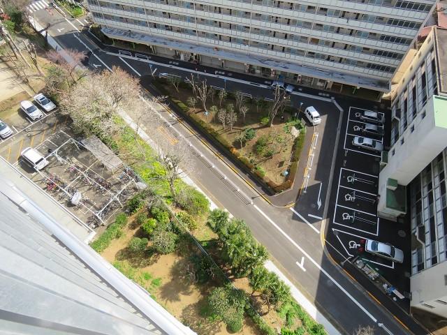 戸山ハイツ 駐車場