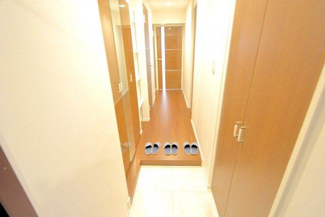 西新宿ハイツ 玄関