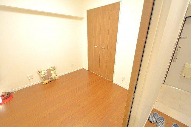 西新宿ハイツ 洋室1