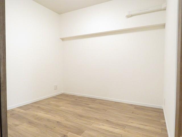三田ナショナルコート 洋室約4.2帖