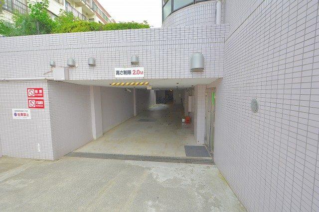 セザールリバーサイド上野毛 駐車場