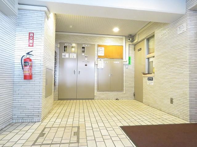 中銀桜新町マンシオン エントランスホール