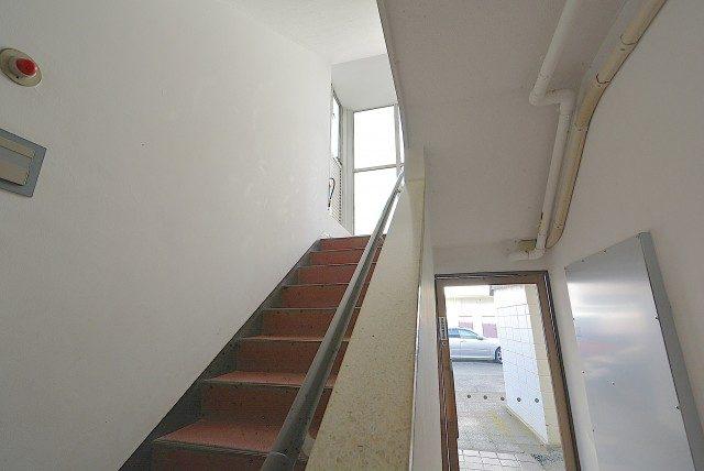 玉川サンケイハウス 階段