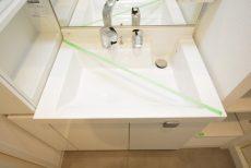 ファミール築地 洗面室