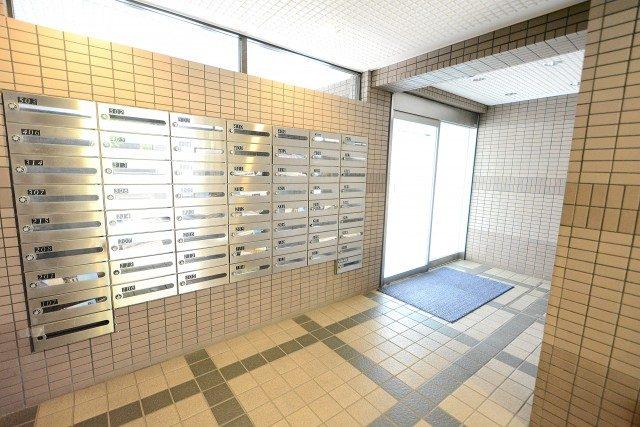 ライオンズマンション渋谷本町111(7) エントランス