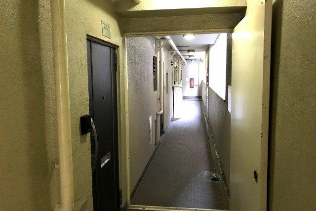 コーポ麹町 (10)廊下