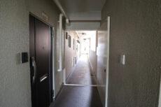 コーポ麹町 玄関 (2)