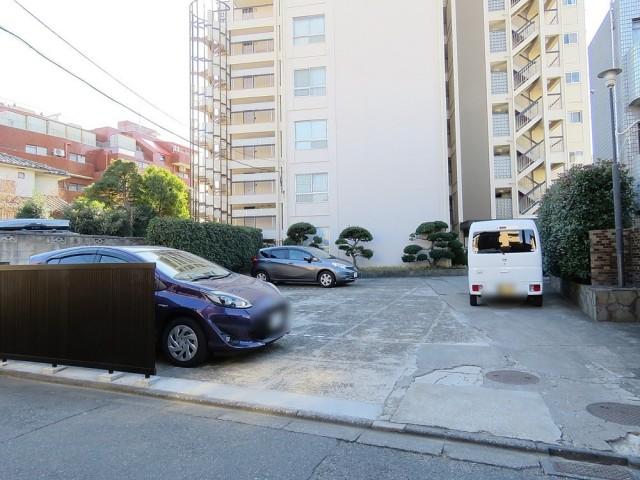 用賀コーポラス 駐車場