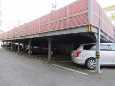 柏木ローズマンション 駐車場