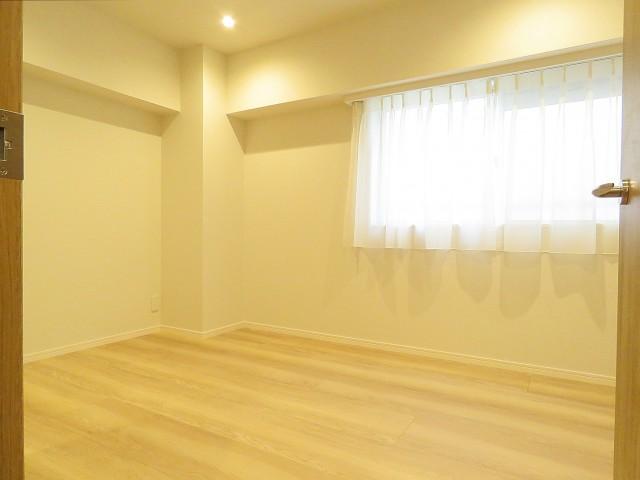 ネオハイツ田町 洋室約5.7帖