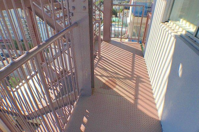 トーエイ高井戸 (87)非常階段