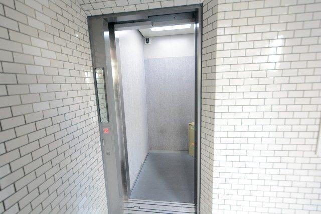 グリュック二子玉川 エレベーター