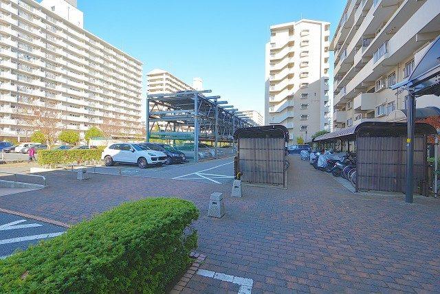 小松川グリーンハイツ 駐車場