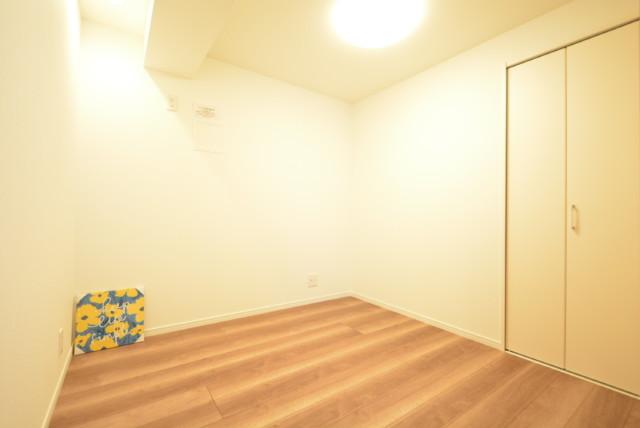 東建柏木マンション 洋室2