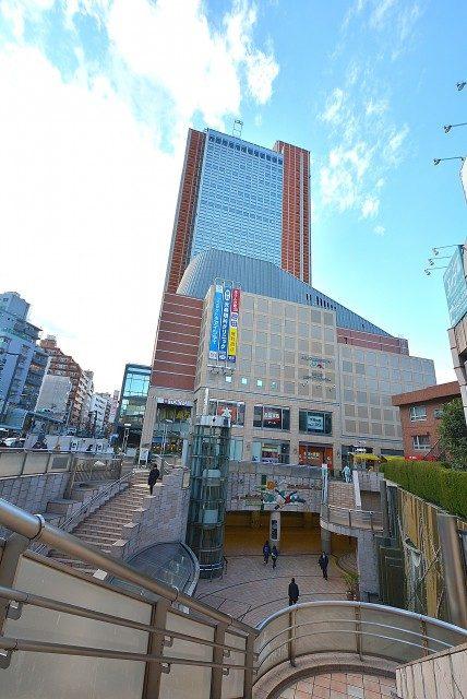 三軒茶屋駅周辺 キャロットタワー