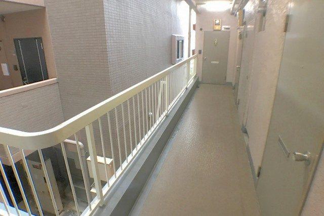 セザール 外廊下