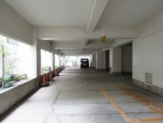 藤和三軒茶屋コープ 駐車場