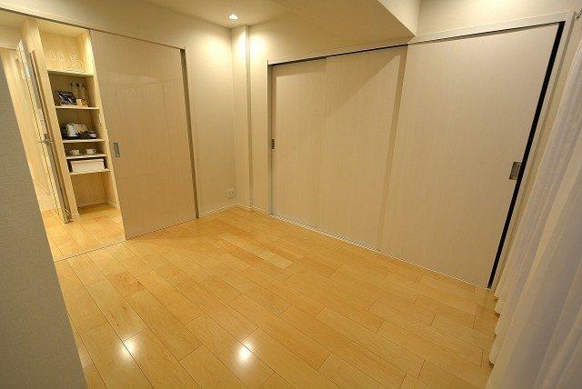 ヴィラロイヤル東中野 洋室