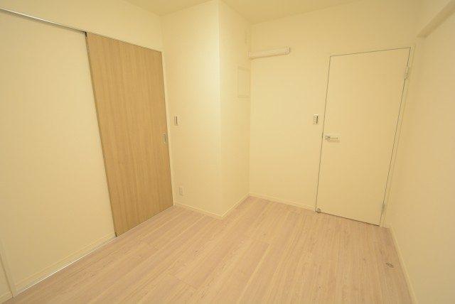 ヴィラロイヤル東中野 洋室2