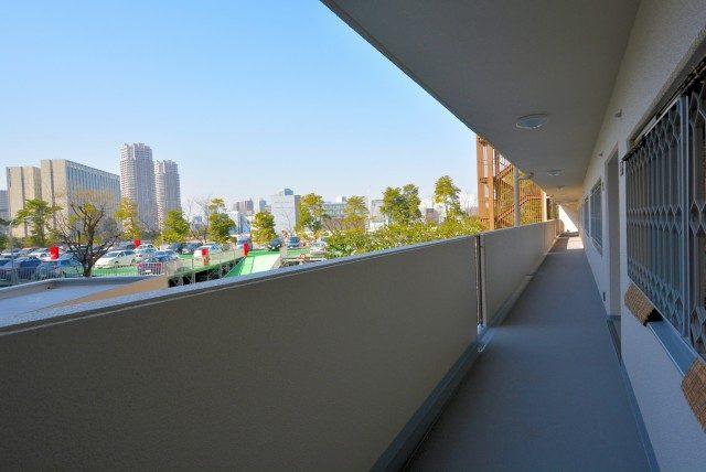 ファミール浜園 2 外廊下