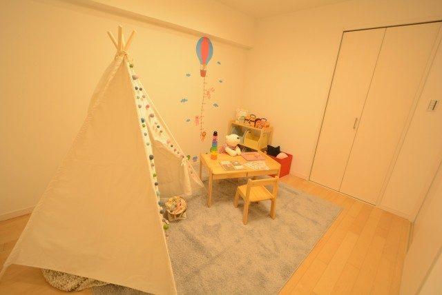 ファミール浜園 6 洋室3