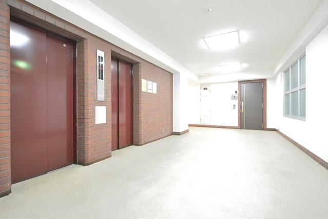 マンション広尾台 玄関