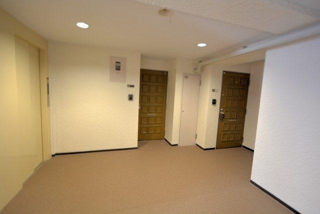 外苑パークホームズ 外廊下