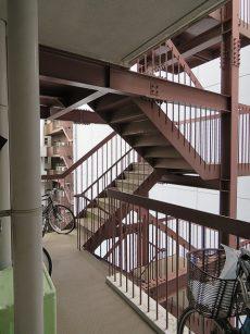 五反田サニーフラット 非常階段