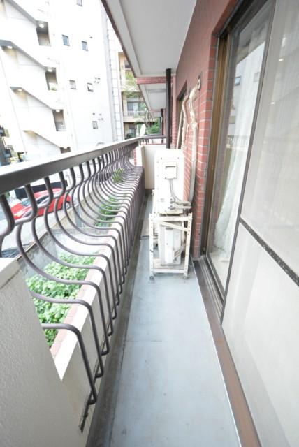 マンション広尾台 南西側バルコニー