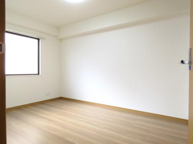 プチモンド目白 洋室約6.7帖