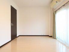 玉川台スカイマンション 洋室約8.7帖