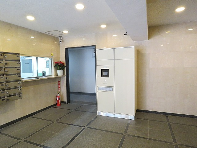 玉川台スカイマンション エントランスホール
