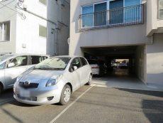 玉川台スカイマンション 駐車場